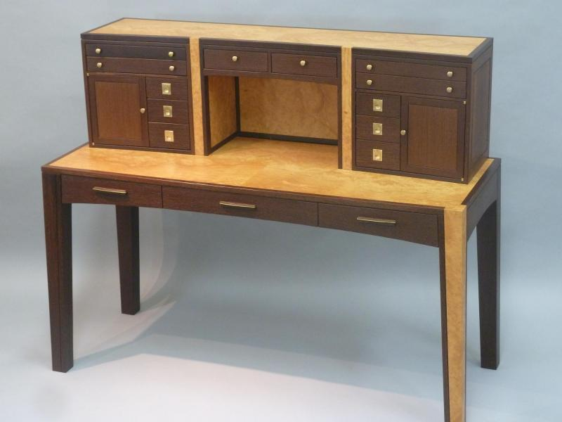 Front view showing secretary style desk with upper case